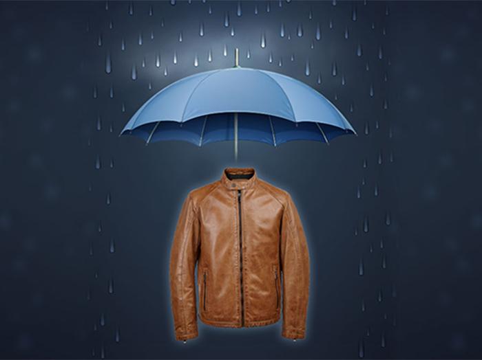 Nếu muốn áo da bò được bền thì đừng nên mặc khi trời mưa