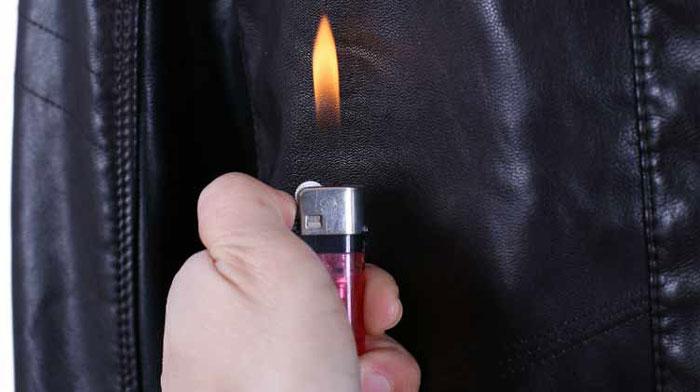 Không nên nhận biết áo da bò thật bằng lửa