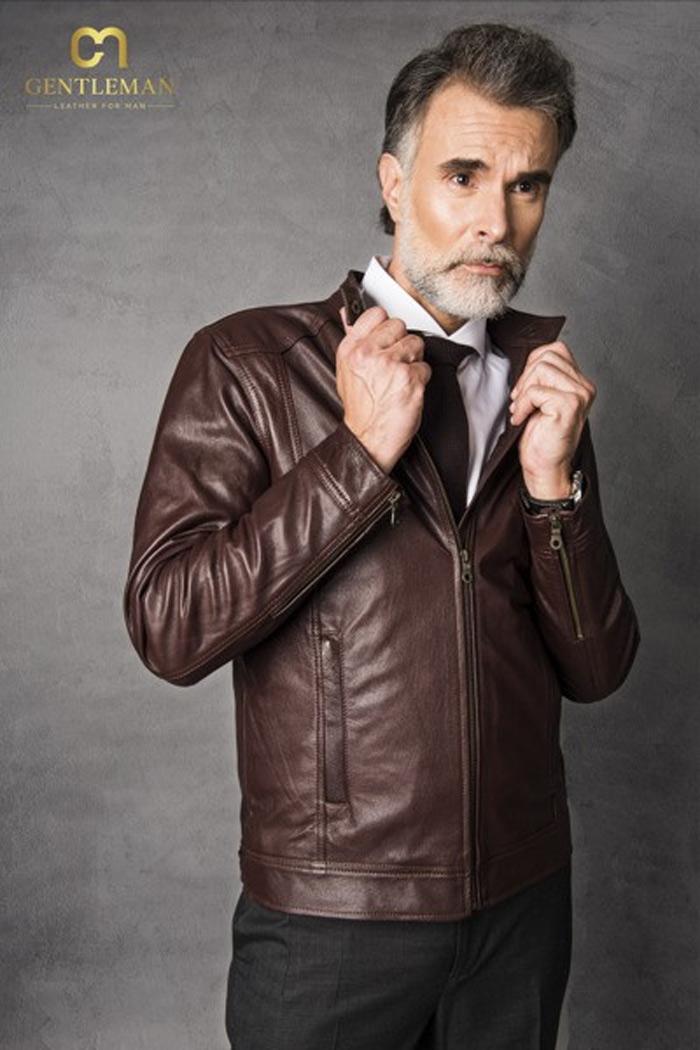 Áo khoác da thật là những sản phẩm thời trang cao cấp, có giá từ vài triệu trở lên