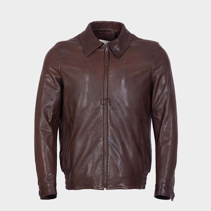 Trải qua thời gian dài sử dụng, các quý ông sẽ thấy chiếc áo này trở nên mềm, có độ bóng hơn