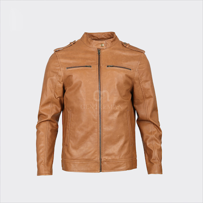 Chiếc áo da bò với chất liệu da Pullup cao cấp với thiết kế mạnh mẽ giúp cho nam giới khoe nét nam tính của mình